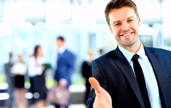 Kịch bản nói chuyện với khách hàng cách cung cấp thông tin hỗ trợ
